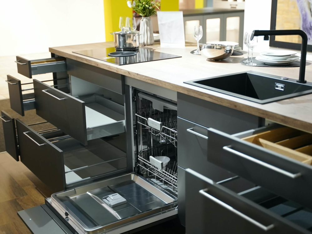 Artis Nobilia Inselküche Glas matt Titan Schiefergrau