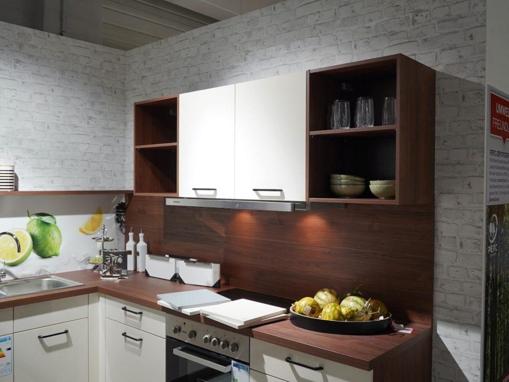 Express moderne L-Küche Lacklaminat Magnolia Hochglanz Nussbaum Arbeitsplatte