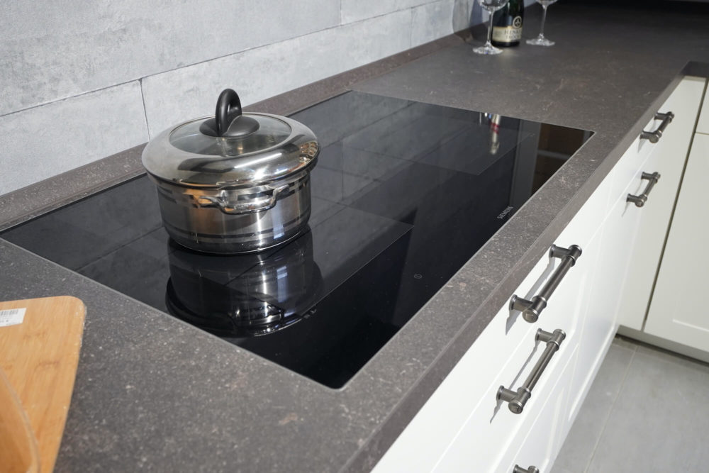 Landhaus Küche Lack weiß L-Form matt
