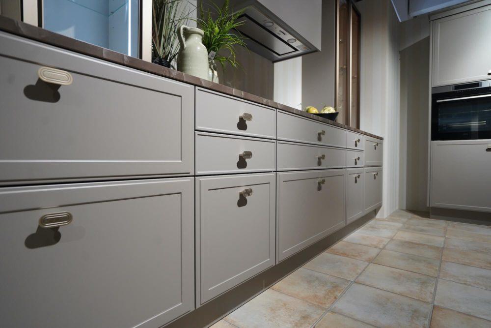 Torino Lack Marmor Nolte Design Inselküche Arbeitsplatte und Hausgeräte