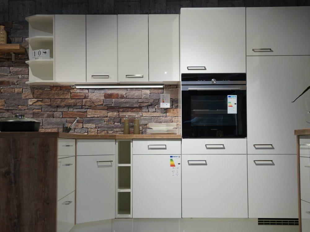 Weiß Hochglanz Nobilia Flash L-Küche modern Arbeitsplatte Echtholz mit Wandschrank