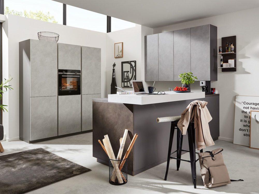 Design Küche L-Form Zement anthrazit mit Esstheke Und Hochschrank