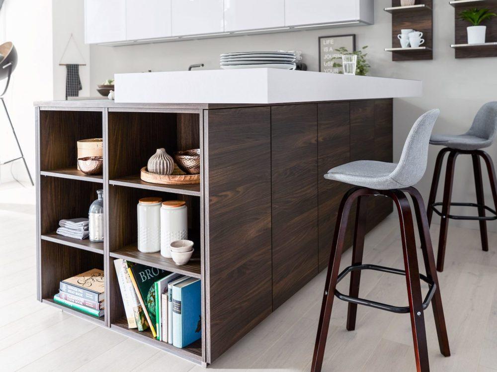 Eichen Holz Optik Moderne L-Küchevmit Hochglanz Lack