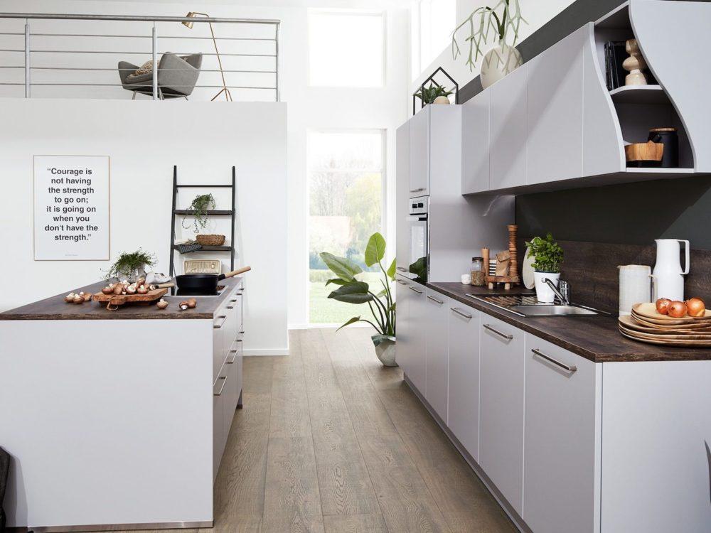 Lack Fronten Platin grau softmatt Insel Küche modern grifflos