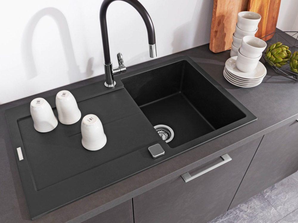 Moderne L-Küche Stahlgrau Asteiche Natur Fronten und Edelstahl Griffe