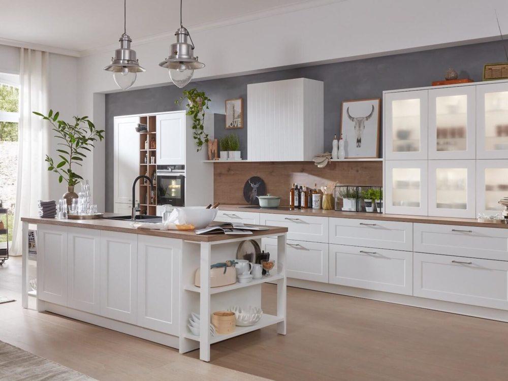 Landhaus Küche Kücheninsel Weiß Softlack