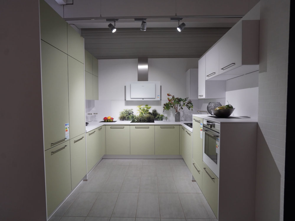 U Küche Nolte Lack Avocado softmatt Arcticweiß moderne Küche